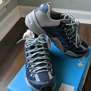 Columbia Women's Blue Hiking Shoes NEW